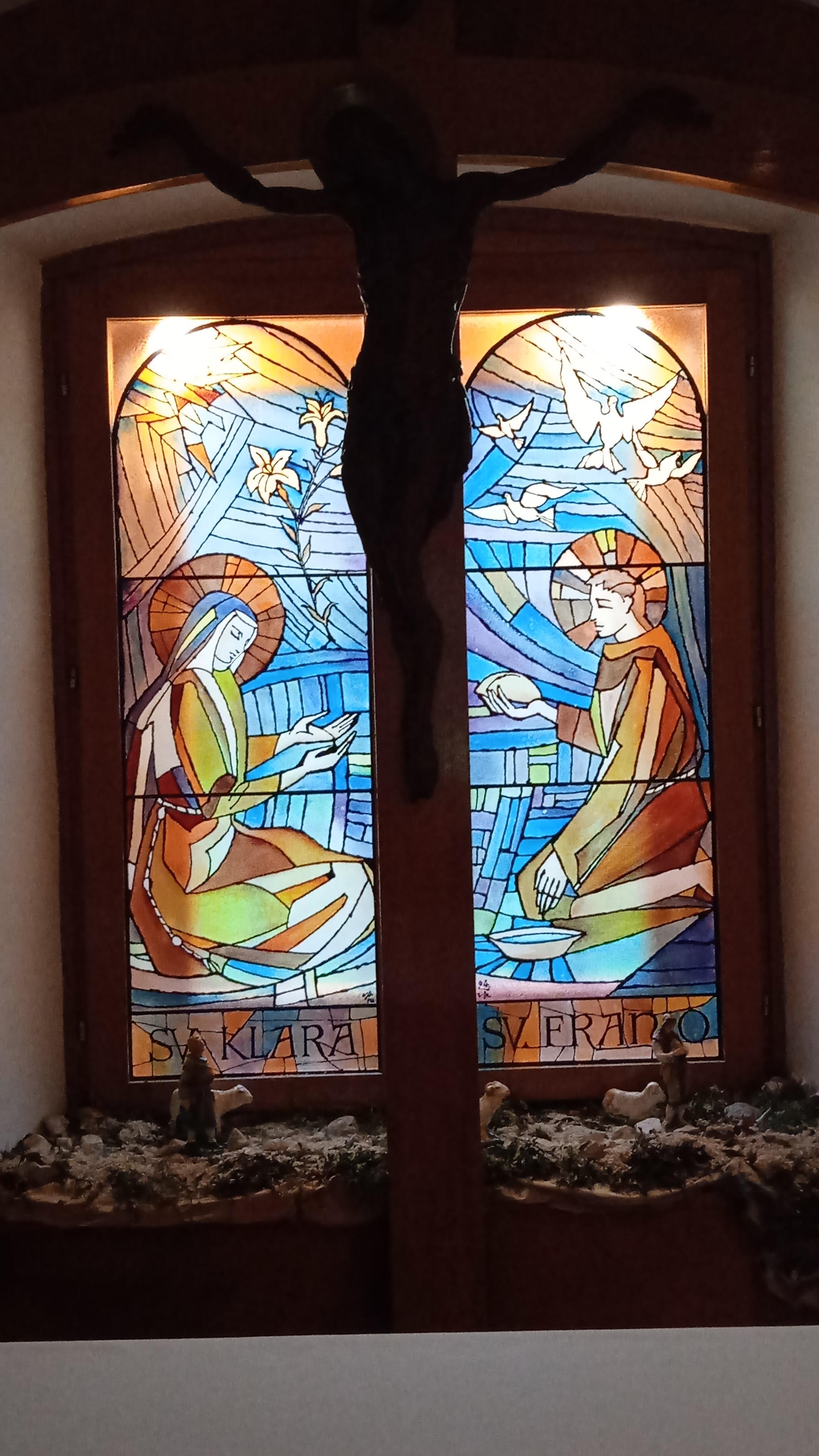 Franjo i klara vitraj ston