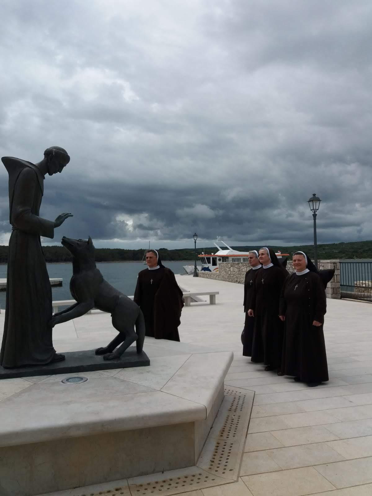 Seminar u Krku - Smisao obnove je hod u svetosti