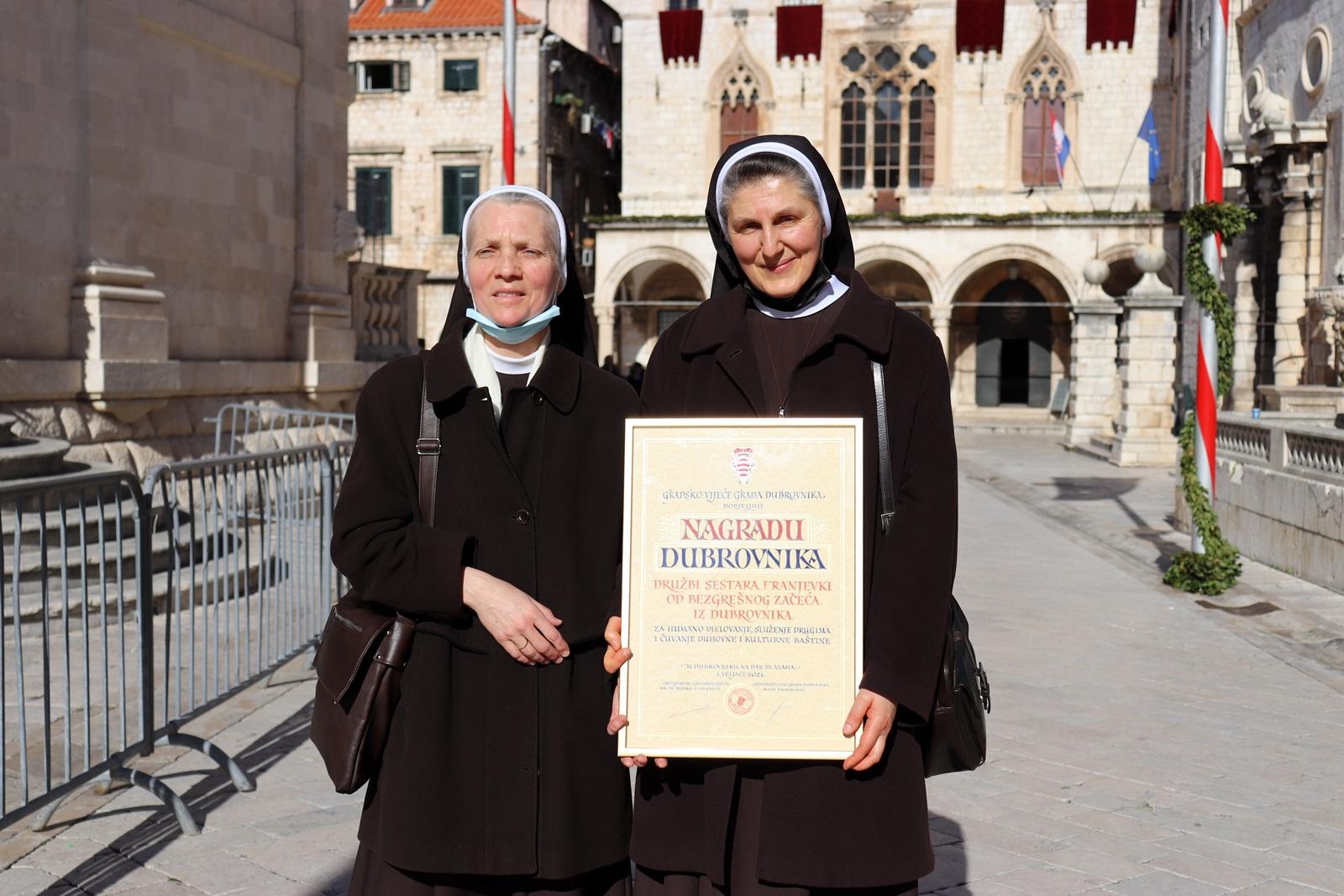 Uručena nagrada grada Dubrovnika našoj Družbi